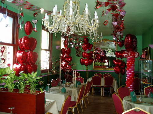 Tag Archives: Valentine's Day party Decorations 2012